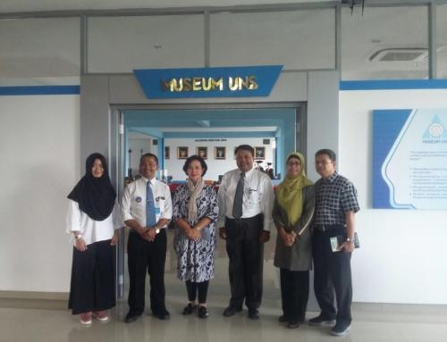 Kunjungan Ibu Krisnina Maharani Akbar Tandjung